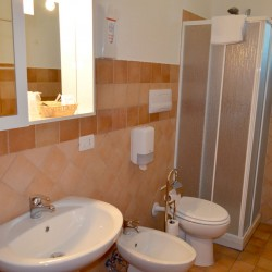 L'Infinito Guest House - Bagno in camera